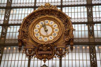 Image of main hall of Musee d'Orsay Paris